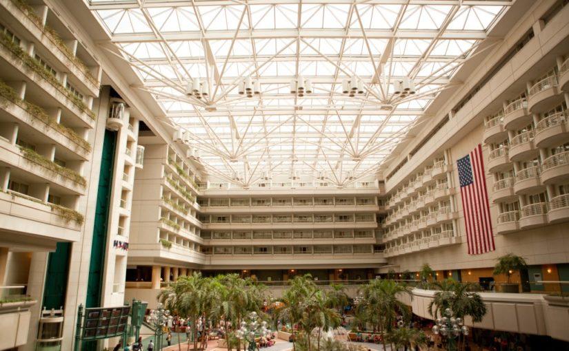 Hyatt Regency Orlando Airport: Melinda & Emmett