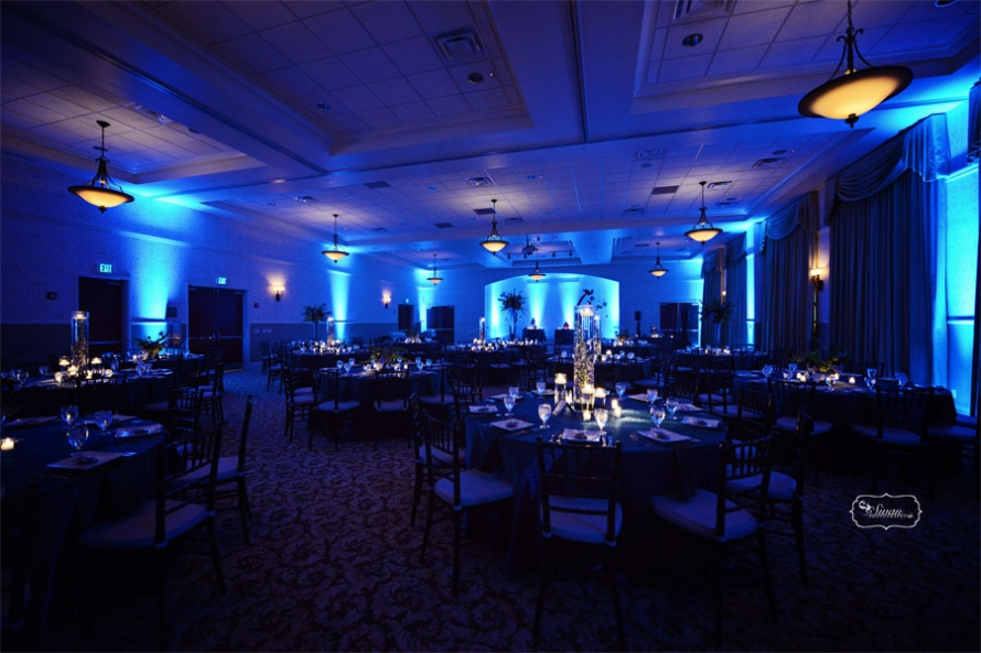Lake Mary Events Center Pretty With A Dash Of Peacock Danielle And Chris