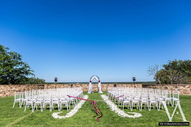 Victoria Angela Photography, Bella Collina, Chiavari Chairs, A Chair Affair, Orlando Chair Rentals, Wedding Ceremony, Wedding In The City