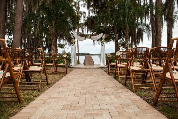 Mike Ossola Paradise Cove A Chair Affair Aissa And Matt