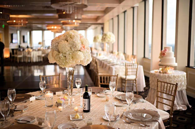 The Citrus Club, Kristen Weaver Photography, An Affair to Remember, A Chair Affair gold chiavari chairs