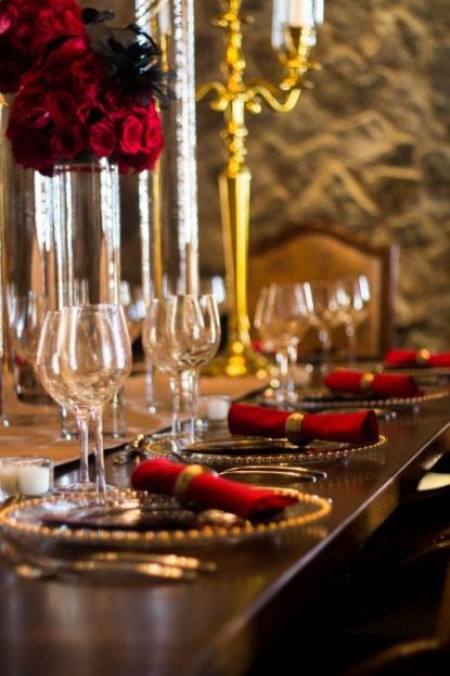 A chair affair glamorous table setting orlando weddings & Southern Wedding News Feature: Hollywood Glam Wedding