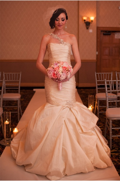 Kathy Thomas Photography-ACA-Style Unveiled Wedding-dress