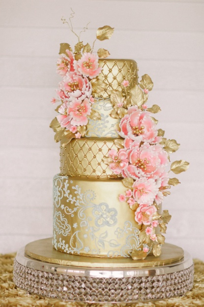Kati Rosado Photography A Chair Affair Cake Orlando Weddings.jpg