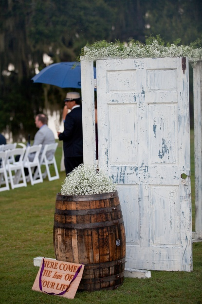 Purple wedding, Mission Inn Resort and Club, Signature Weddings, Modern Suburbanites Photography, A Chair Affair Event Rentals Orlando, door barrel sign