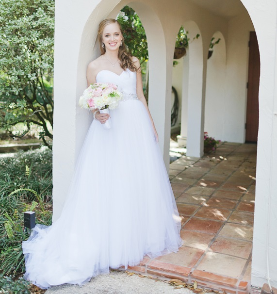 Bride, Pink and White Bouquet, Andi Mans Photography, Winter Park Racquet Club, A Chair Affair Event Rentals