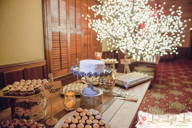 Gigi's Cupcakes, Caitlin and Tyler, The Ballroom at Church Street, Love Light Lens Photography, A Chair Affair, Orlando Chair Rentals