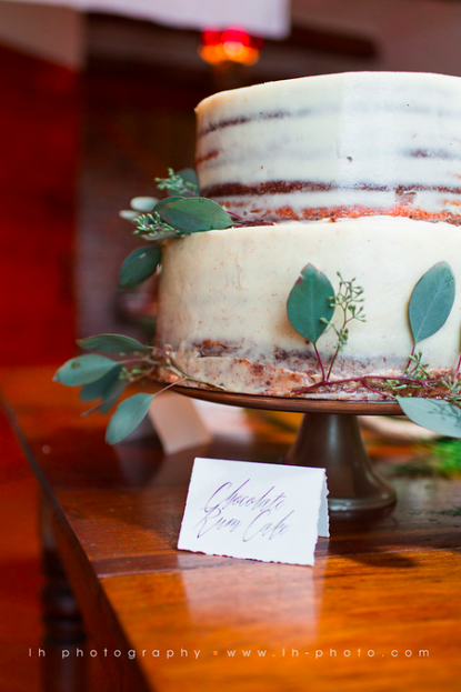 Wedding Cake Ideas, LH Photography, Wild Acres Farm, A Chair Affair Event Rentals, Orlando Chair Rentals