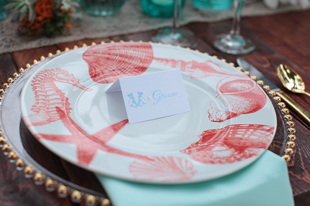Tab McCausland Photography, Paradise Cove, A Chair Affair Event Rentals, Orlando wedding, Orlando chair rentals, gold beaded Belmont charger, decorative charger