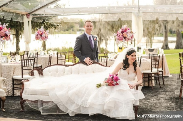 Cypress Grove Estate House: Juliana and Scott's Vintage Romance