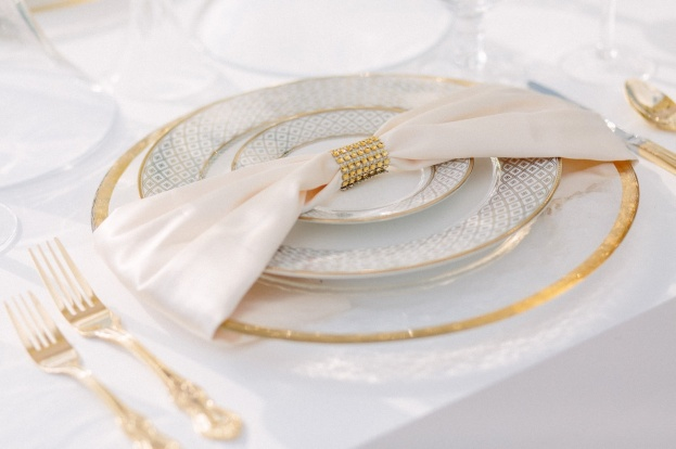 900-Park-Street-K&K-Photography-Gold-Rim-Glass-Chargers-Gold-Flatware-FH-Weddings-&-Events-Puff-N-Stuff-Catering-A-Chair-Affair-Event