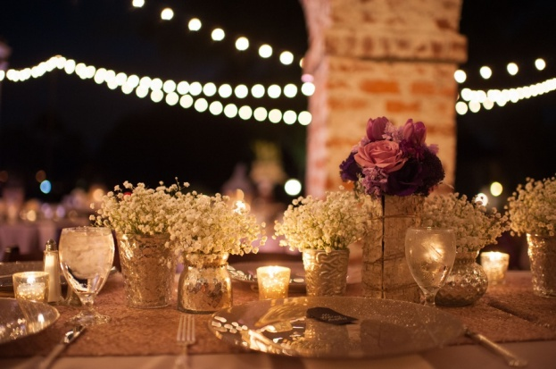 Casa-Feliz-Stephanie-A-Smith-Photography-Lee-James-Floral-Designs-BBJ-Linen-Flatware-Champagne-Glitter-Glass-Chargers-A-Chair-Affair-Event