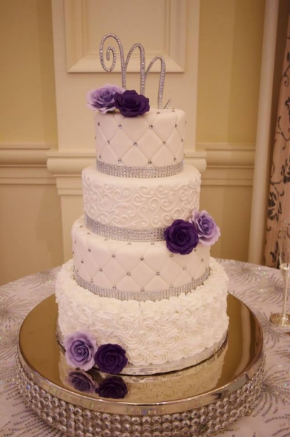 Loews-Portofino-Bay-Hotel-Bling-Round-Cake-Stands-Anna-Cakes-Florida-Candy-Buffets-Linens-&-Flowers-Design-A-Chair-Affair-Event