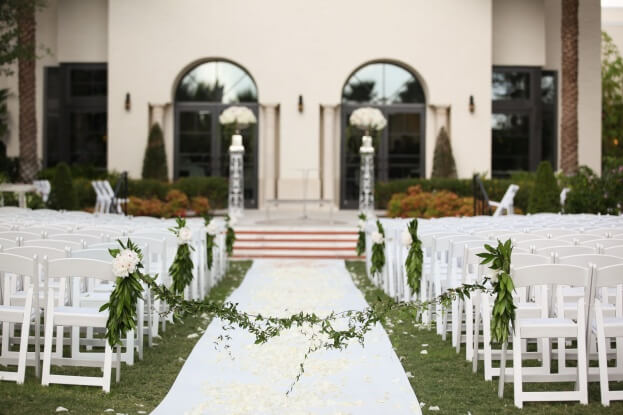 The-Alfond-Inn-Live-Happy-Studio-Beautiful-Music-White-Roses-White-Floral-White-Wedding-Ideas-A-Chair-Affair-Event