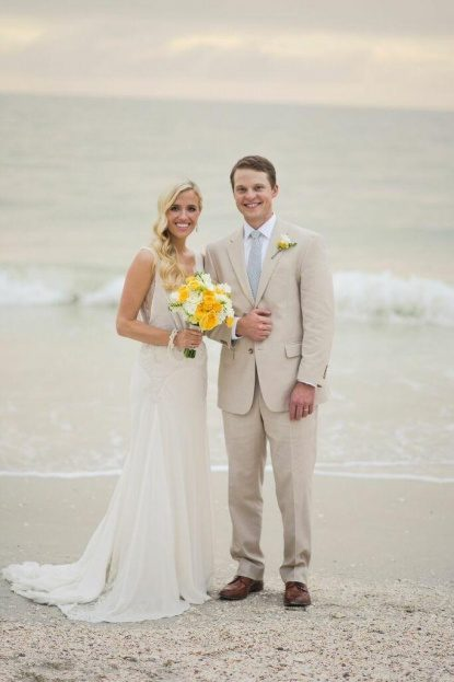 Port Royal Club Lizzy And Dave S Canary Yellow Beach Wedding A