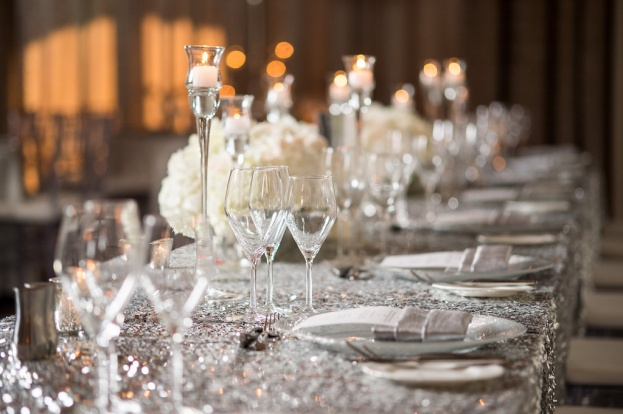 Silver Sparkle Table Linens