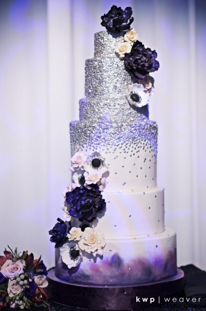 silve and purple cake