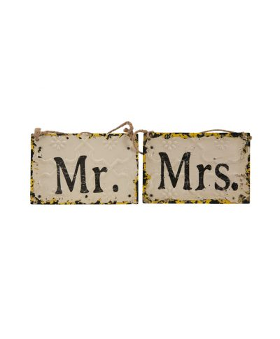 Mr And Mrs Rustic Sign – A Chair Affair