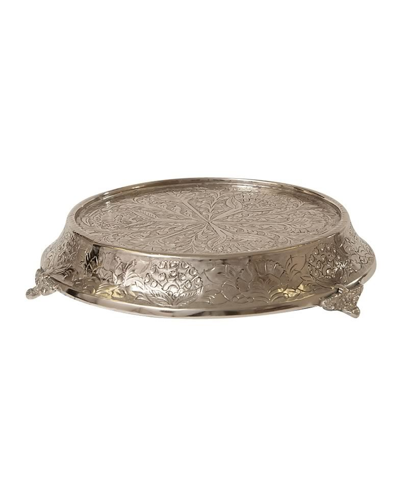 Silver Round Cake Stand A Chair, Silver Round Cake Plateau