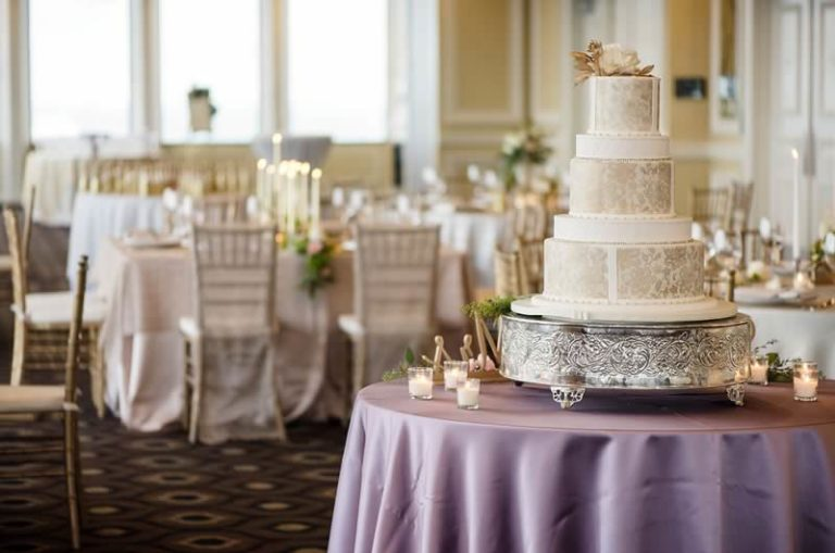 citrus club styled wedding shoot cake