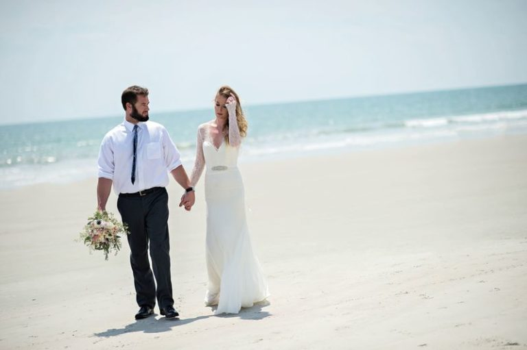 elegant seaside inspired shoot tara keely brides (3)