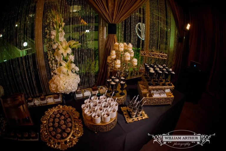 gatsby wedding dessert table