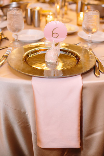 gold and blush wedding gold starburst chargers