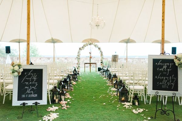 navy and gold wedding ceremony decor