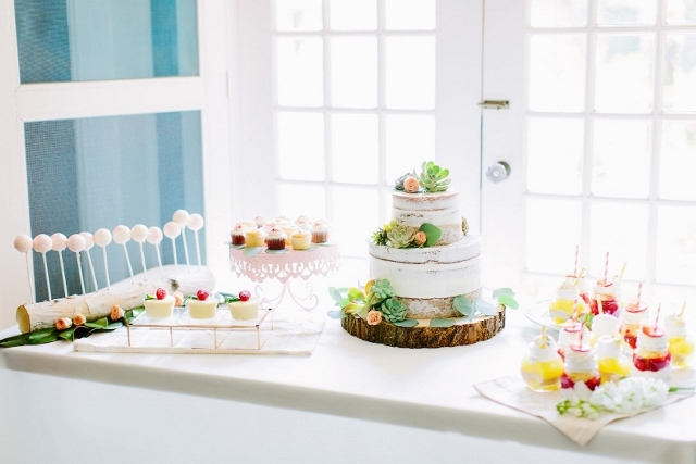 sydonie mansion style shoot dessert table