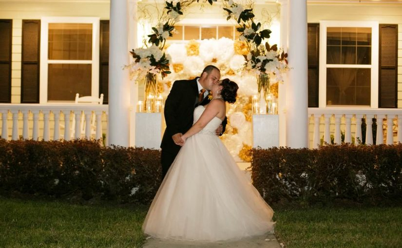Winter Garden Wedding: Jennifer and PJ