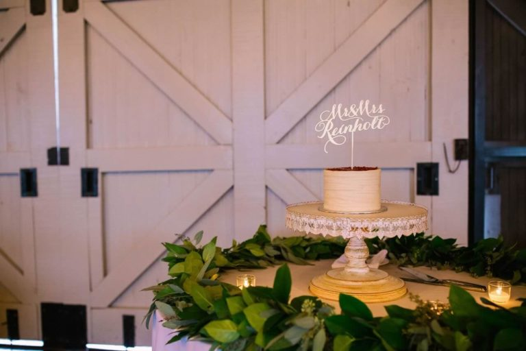winter park farmers market wedding cake