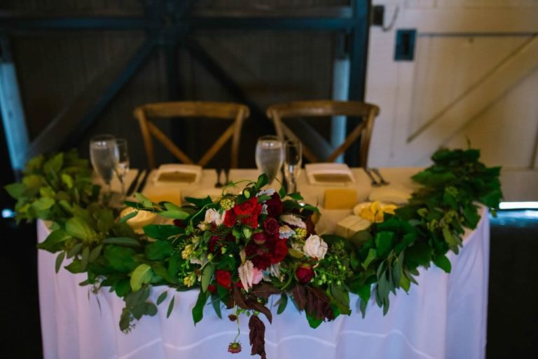 winter park farmers market wedding sweetheart table