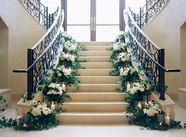 four seasons floral staircase wedding (2)