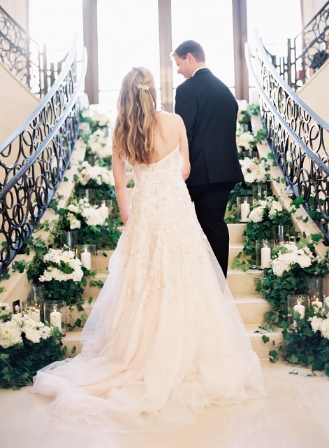 four seasons floral staircase wedding (31)