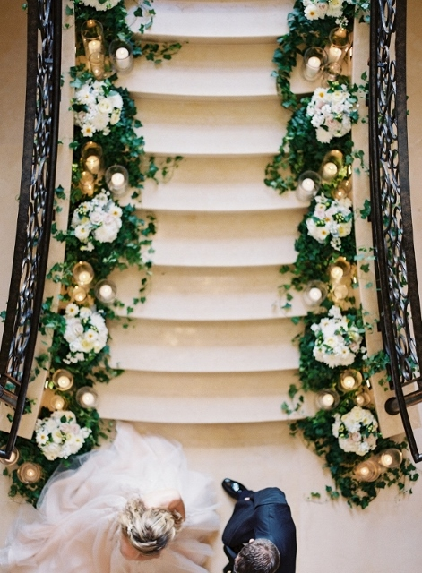 four seasons floral staircase wedding (33)