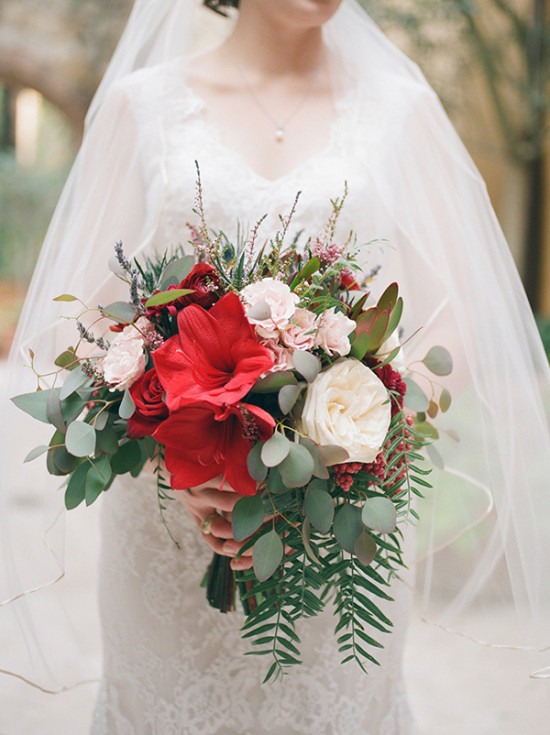 shades of red rustic wedding bridal bouquet
