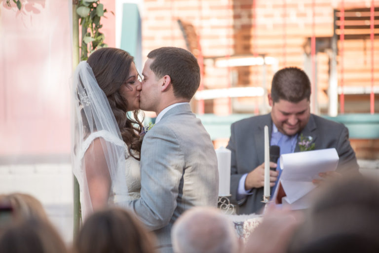 wedding world changer first kiss