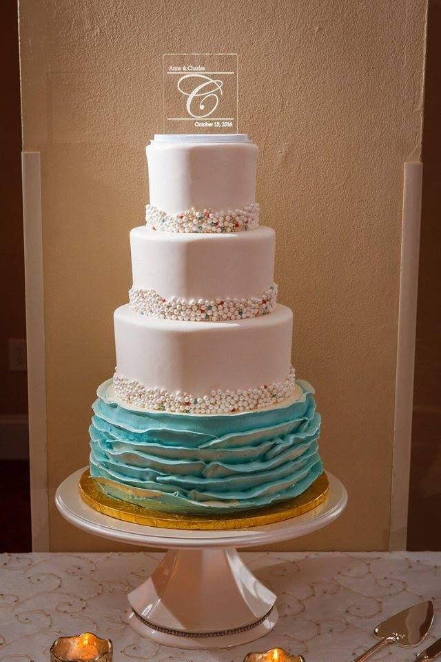 Colorful Wedding on the Beach, cake