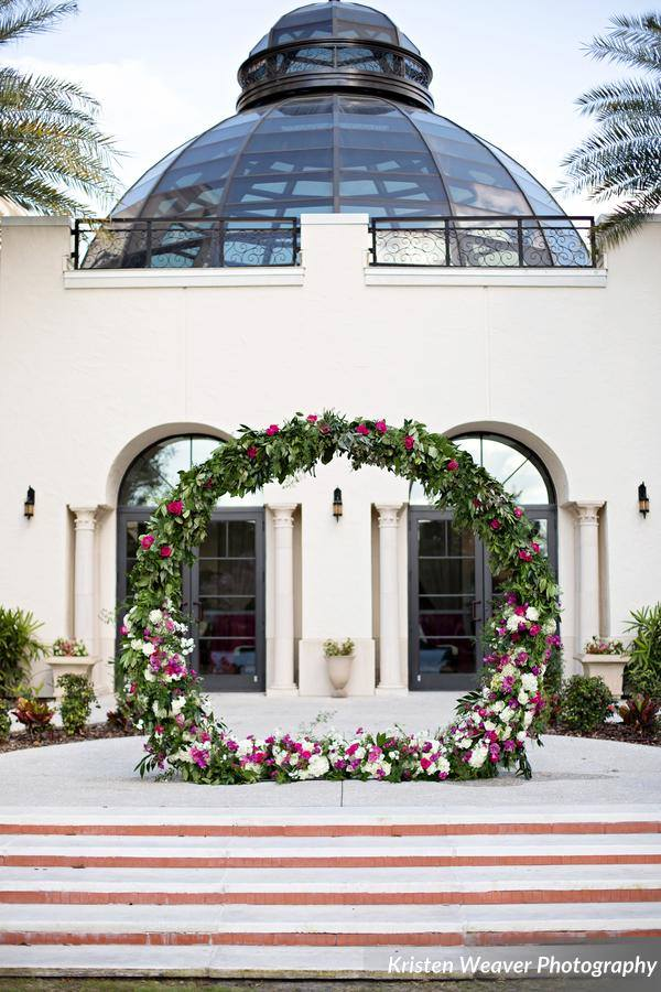Alfond Inn Wedding Rose Wreath