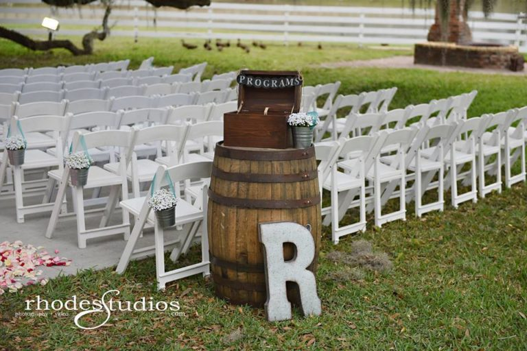 Highland Manor Wedding barrels