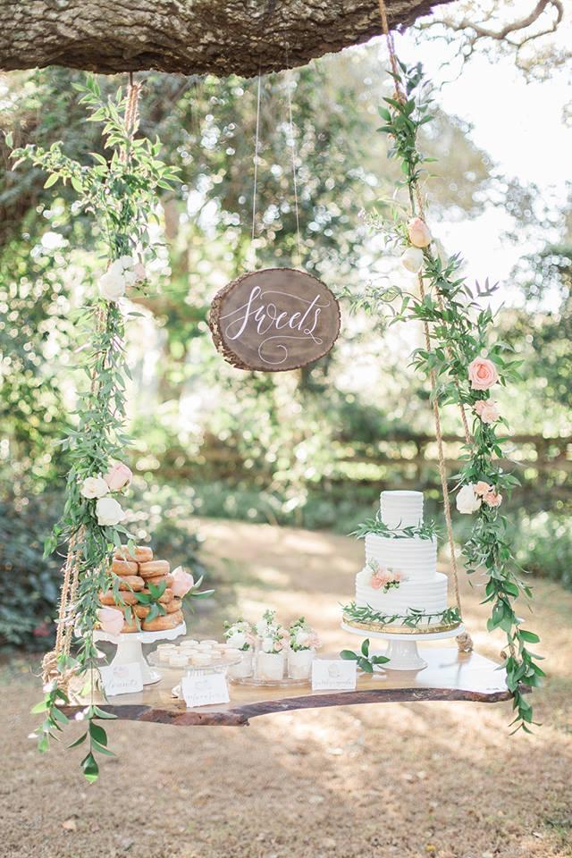 Southern Garden Chic Wedding Dessert