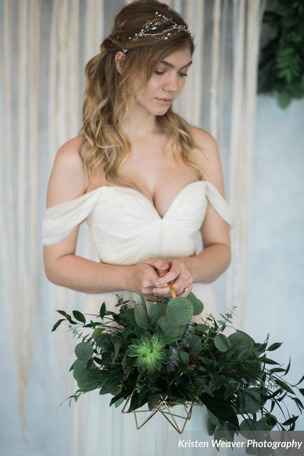 bohemian wedding inspiration bride bouquet