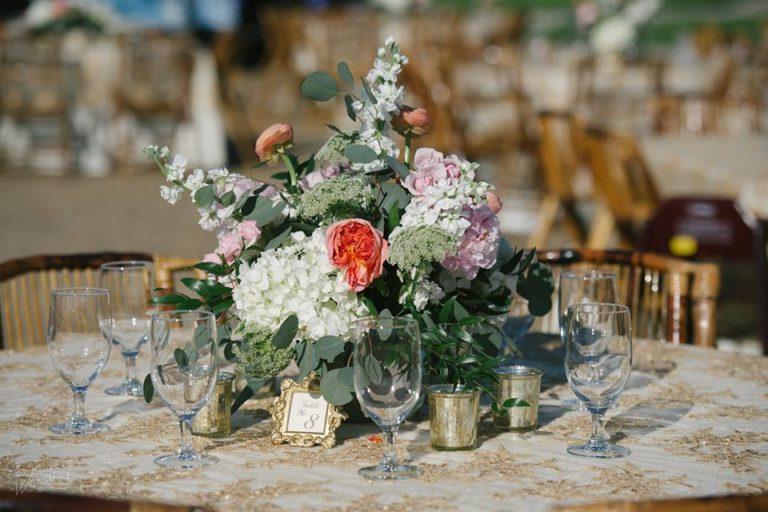 Lake Mirror Wedding flowers