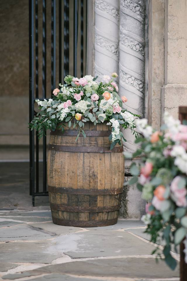 Lake Mirror Wedding whiskey barrels