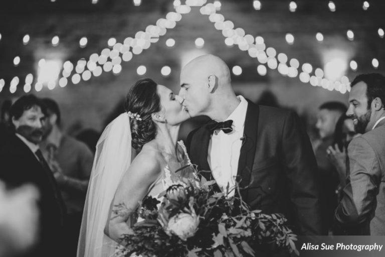 rialto theatre wedding kiss