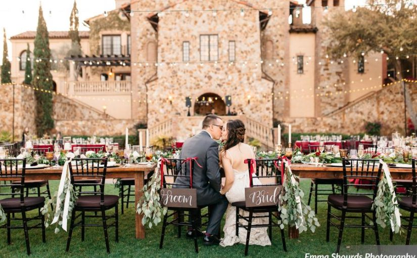 Bella Collina Romantic Burgundy Wedding