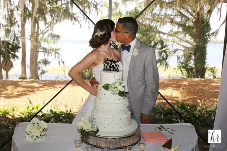 MIssion Inn Resort Wedding reception cake