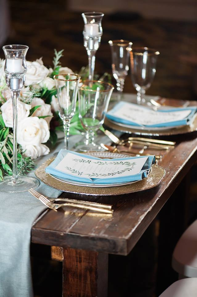 Westgate Resorts wedding mahogany table