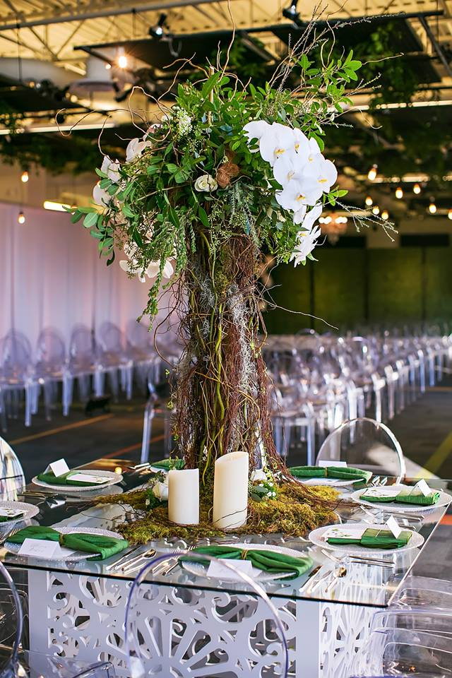 Garden Inspired Wedding geo glass table