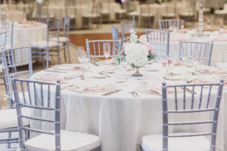 Alfond Inn Wedding A Chair Affair chiavari chairs belmont charger candelabras